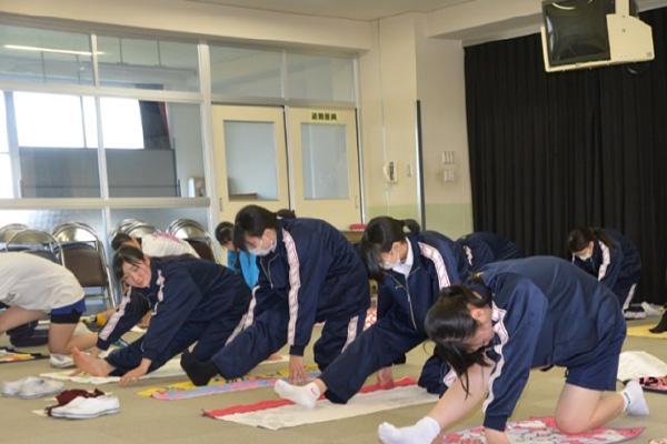 高校1年生 第4回乙女塾 「体質診断とヨガ」