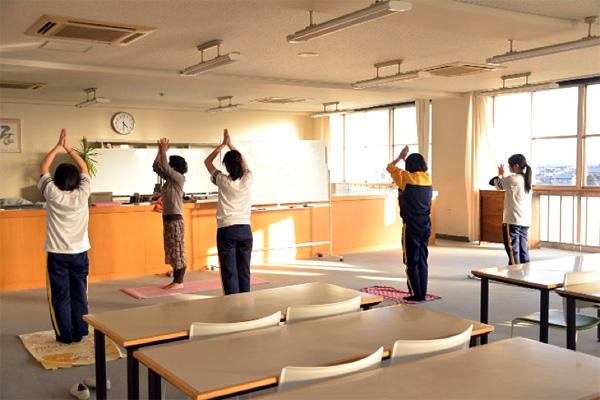 中学3年生 第4回乙女塾「集中力アップとヨガ」